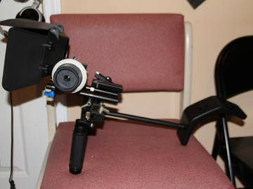 Rent: canon camera rig with matte box an follow focus