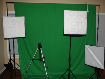 Rent: 20x10 greenscreen with 3 soft box lights