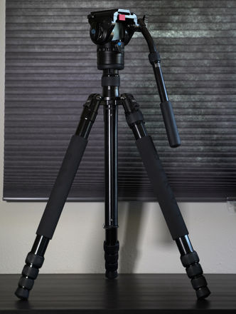 Siruis Fluid Head Tripod