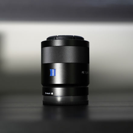 Sony FE 55mm f/1.8  With Variable ND filter