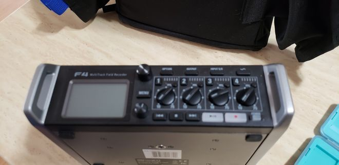 Zoom F4 Multi-Track Field Recorder with Timecode