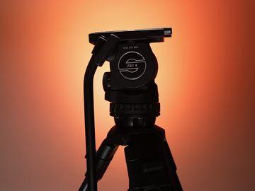 Sachtler FSB 8 75mm Fluid Head & Tripod Kit