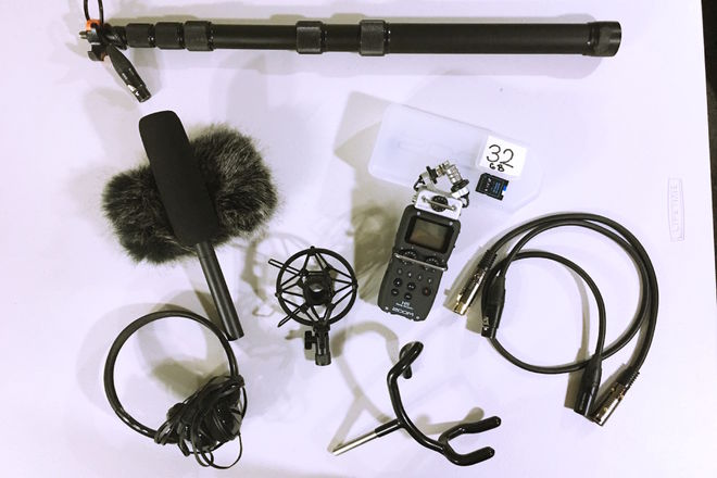H5 Recorder, Sennheiser MKE Shotgun  Mic, K-Tek Boompole,
