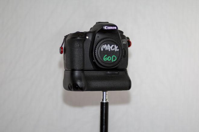 Canon EOS 60D w/ BG-E9