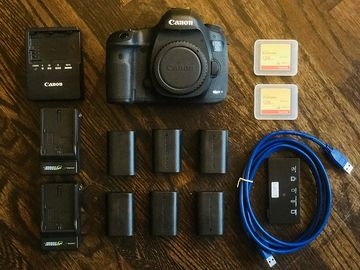 Rent: Canon EOS 5D Mark III package #1 + Zeiss Prime Set