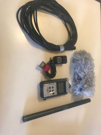 Zoom h4n and shotgun microphone
