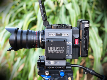 RED SCARLET-W DRAGON 5K package + LCD, Module, etc.