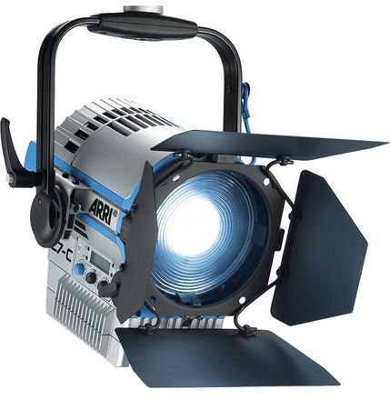 Arri L7-C LE2 LED Fresnel w/Barn doors & Low-Boy Combo Stand