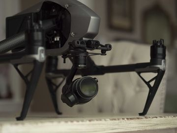 DJI Inspire 2 Quadcopter + X5S + CineDNG/ProRes
