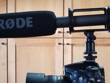 Rode NTG2 Shotgun Mic (+ XLR cable)