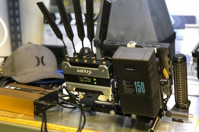VAXIS STORM 1000FT Professional WHDI Wireless 3G-SDI / HDMI