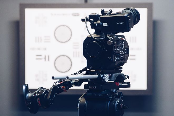 Sony FS7 Mark II Camera Package