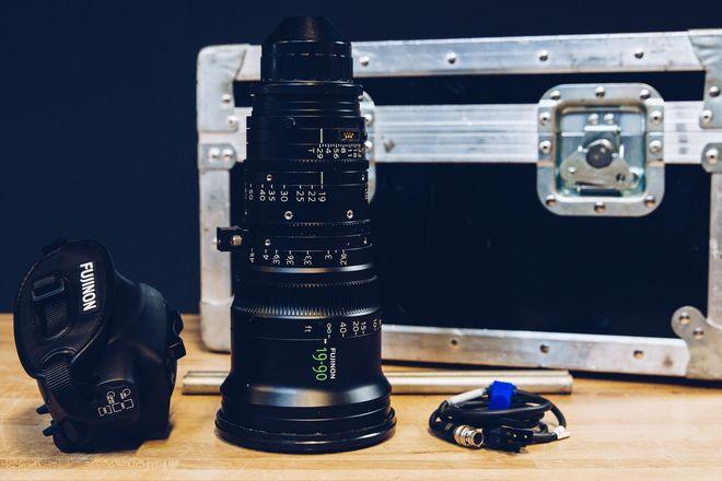 Fujinon 19-90mm T2.9 Cabrio Zoom w/ Arri LMB-15 Clip on