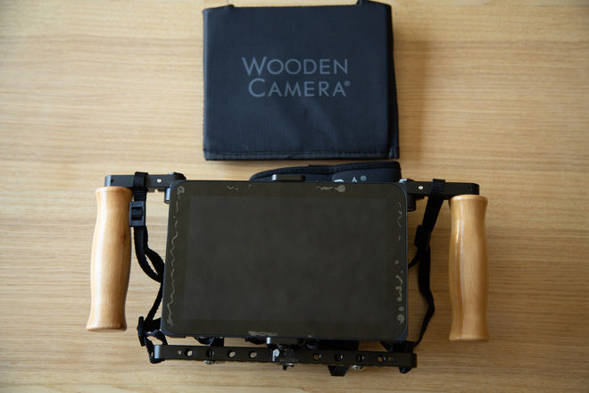 SmallHD AC7 OLED in Director's Cage V2 w/ Goldmount