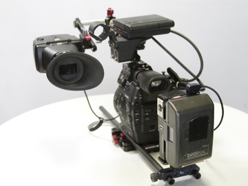 Rent: Alaphatron EVF with wooden camera rod mount