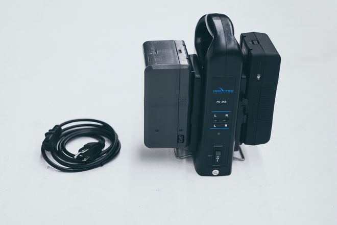 150wh & 90wh V-Lock Batteries + Dual Charger