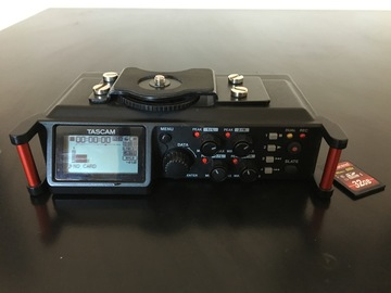 Rent: Tascam DR-70D Kit (with memory card)