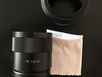 Rent: Sony 55mm F1.8