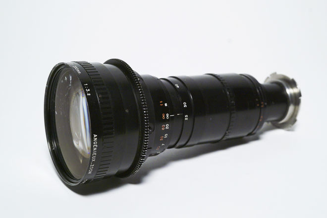 Angenieux Optimo 25-250mm T3.9 Zoom Lens
