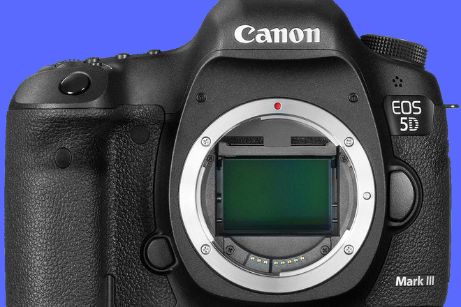 Canon 5D Mark III (Body only)