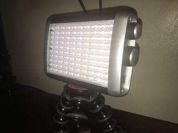 Litepanels Croma Bi-Color On-Camera LED Light