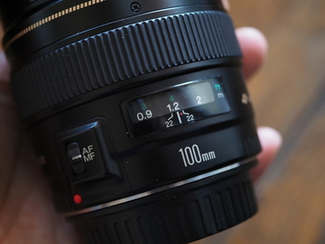 Canon EF 100mm f/2 USM Lens with Hood