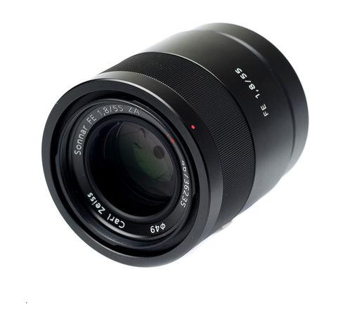Sony FE Sonnar T* 55mm f/1.8 ZA