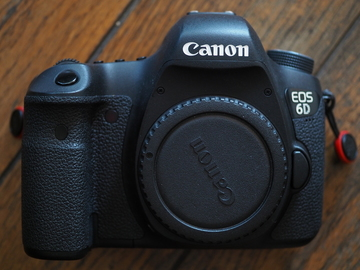 Rent: Canon EOS 6D DSLR FULL Frame, with 2 batteries, grip option