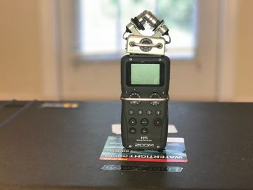 Zoom H5 Handy Recorder & Rode NTG4+ package