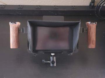 Rent: Wireless Smallhd 702