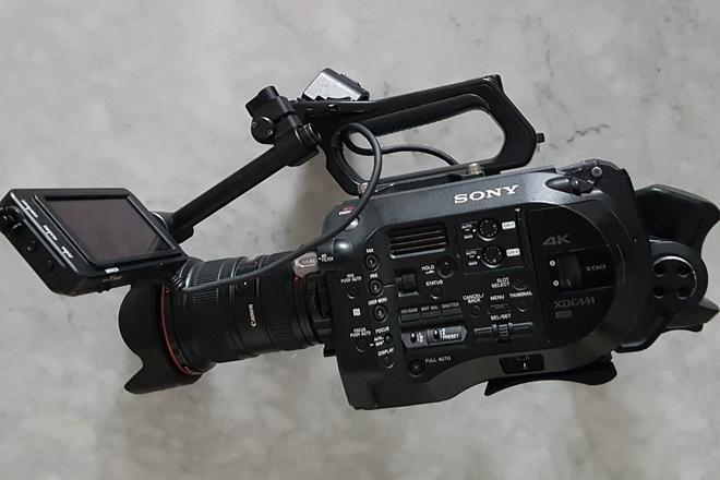 Sony FS7 4k Camera Premium Package w/ 2 Lenses + Accessories
