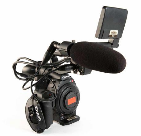 Canon EOS C300 (3 of 3)