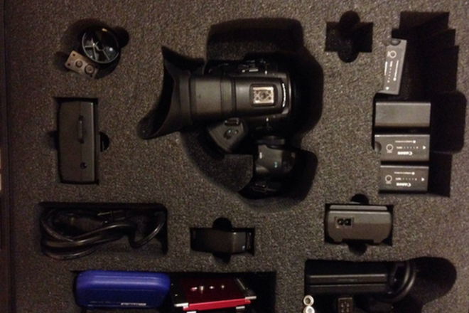 CANON C300 EF MOUNT KIT WITH LENSES