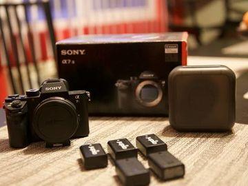 Sony A7S II + Metabones + 50mm 1.4 + Batteries + 64GB