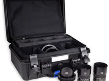 Rent: Ziess Loxia complete de-clicked set 21,35,50 + Sony 10-18