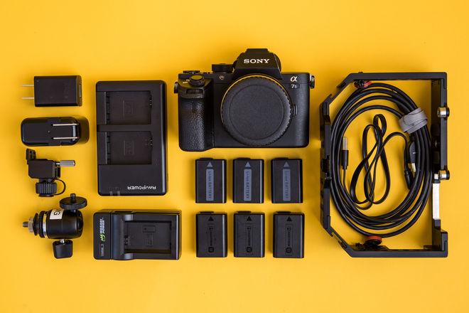 Sony a7s II Package (w/EF adapter) [3/3]