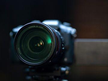 Panasonic GH5 Shooter Kit w/ VLog, Metabones, 24-105, Tripod