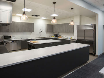 Rent: Commercial Shooting Kitchen