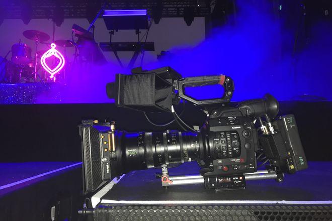 Canon EOS C300 Mark II with Fujinon Cabrio 19-90