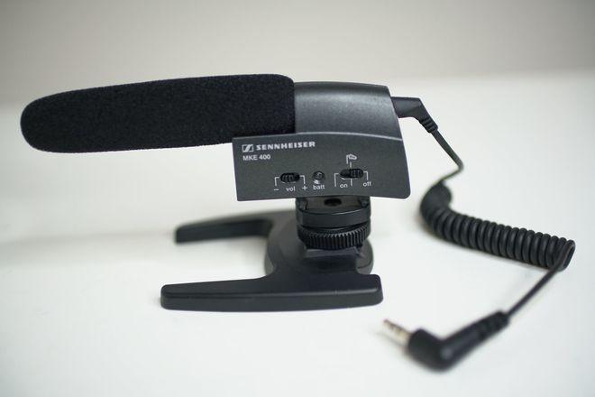 Sennheiser MKE 400 On-Camera Shotgun Microphone Mic