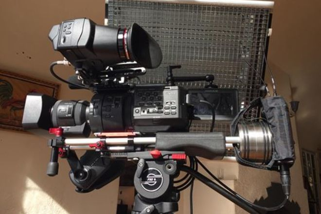 ENG KIT camera/Lights/Sound/Drone- Sony NEX-FS700R PL
