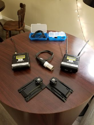 Sony UWP-D11 Wireless Kit + Lavalier + Accessories (2/3)
