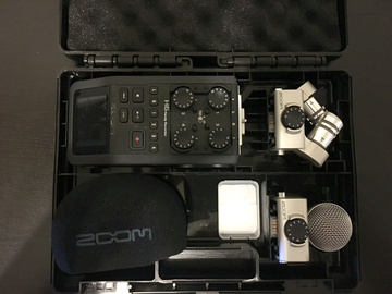 Rent: Zoom H6 Handy Recorder with Interchangeable Mic System
