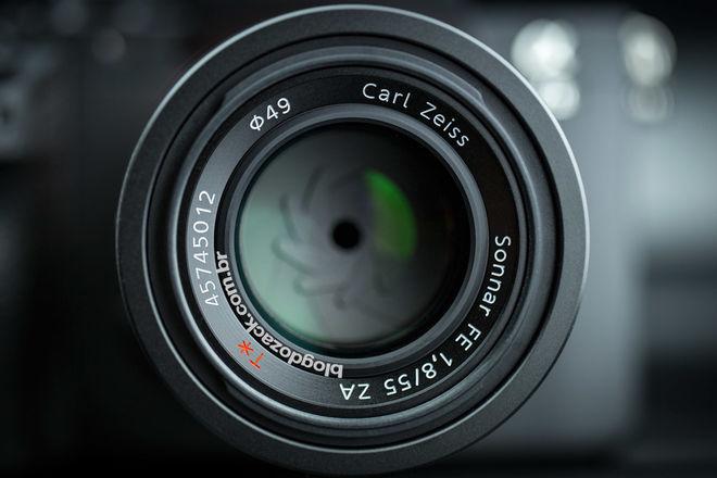 Carl Zeiss 55mm f/1.8 ZA Sony FE Sonnar T*