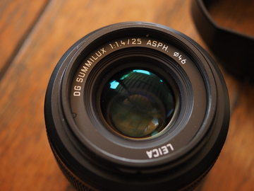 Rent: Panasonic H-X025 Lumix G LEICA DG SUMMILUX 25mm 1.4 M 4/3