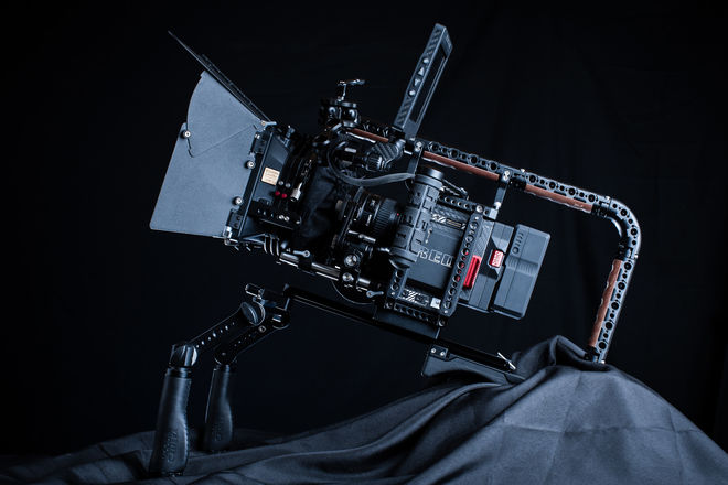 RED Monstro 8K | Shoulder Rig + Cinema Package (3/5 - CHI)