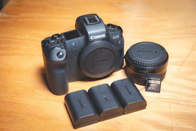 Canon EOS R NEW Mirrorless camera ( Full Frame )