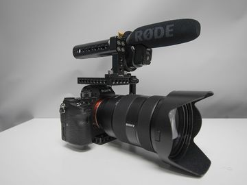 Rent: Sony a7Sii Shooters Package ((PRIVATE) NEED NEW MIC)