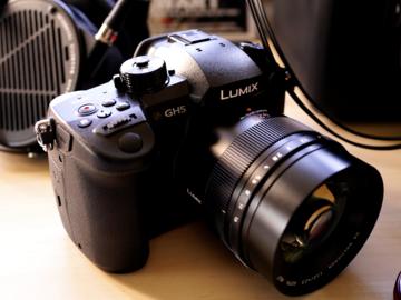 Panasonic Lumix DC-GH5 w/ 25mm f/1.7 lens + V-Log