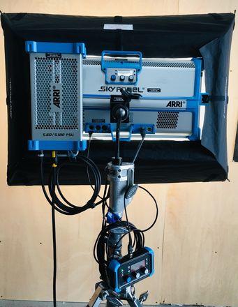 ARRI S60-C SkyPanel Kit # 2  (Chimera, Remote, Stand)